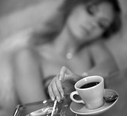 Фото секси с кофе