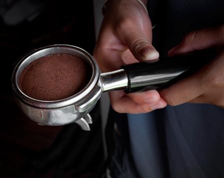 Прессованное кофе в рожке