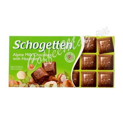 Шоколад Schogette Alpine Milk With Hazelnut Альпийское молоко с орехом 100 г