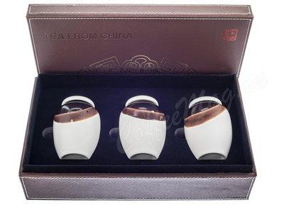 Коробка кожаная подарочная 3 керамические банки